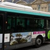 louvre_poussin_bus